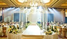 一场婚宴需要多少酒 一般根据宾客来定